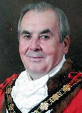 Picture of Cllr. E. Morgan. Mayor of Llanelli 2004 - 05