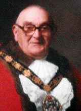 Picture of Cllr. L.R. Hickman. Mayor of Llanelli 1987 - 88