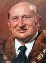 Picture of Cllr. W.R.H. Thomas. Mayor of Llanelli 1977 - 78